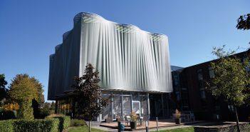 Fassaden: High-Tech-Material zahlt sich aus