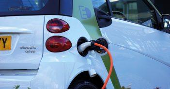 Elektromobilität: Kommunen elektrisieren